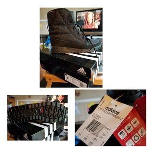 NWT Adidas CW Choleah padded boots